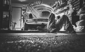 Автоэксперт рассказал, как выбирать место для заправки автомобиля