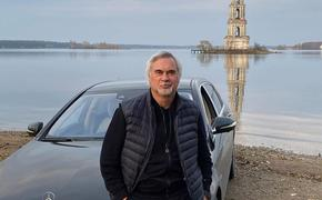 """""""Звездам все можно"""", Валерий Меладзе под шумок заехал """"под кирпич"""", так еще и сделал селфи"""