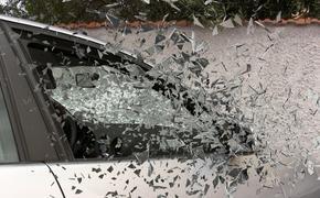 Машина въехала в  магазин на автотрассе под Липецком, погибли два человека