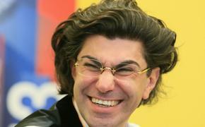 """СМИ: """"внебрачный сын"""" Цискаридзе оказался истеричным троечником и поклонником Гогена Солнцева"""