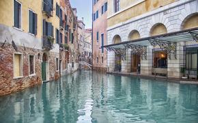Власти Венеции предварительно оценивают ущерб городу от наводнения в сотни миллионов евро