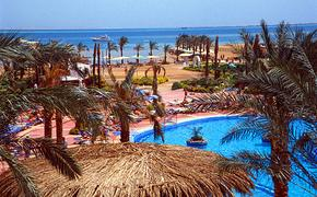 Возобновление авиасообщения между Россией и курортами Египта  откладывается