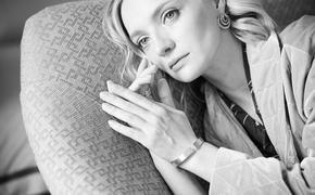 Актриса Екатерина Вилкова показала фото дочки-первоклассницы, повеселившее пользователей Сети