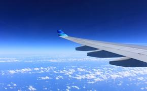 Самолет с Хиллари Клинтон на борту совершил экстренную посадку в Нью-Йорке