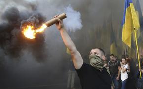 Предсказана возможная дата попытки свержения Зеленского украинскими радикалами