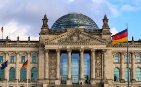 """Немецкий политик: в ФРГ по-прежнему уверены, что """"русские должны склониться"""""""