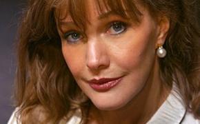 66-летняя актриса  Елена Проклова раскрыла простой секрет, как сохранить лицо молодым и свежим