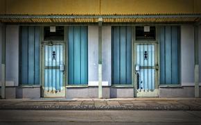 Горячий ТОП региональных новостей: Сибирячка застряла в отверстии уличного туалета