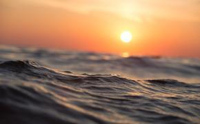 """СМИ: в Южно-Китайском море произошел """"подводный ядерный взрыв"""""""
