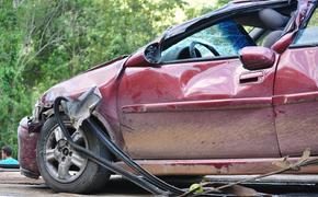 В Кировской области три человека погибли в ДТП с двумя легковушками