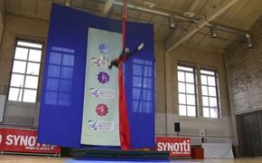 Гимнастка из России  сорвалась с большой высоты и сломала позвоночник