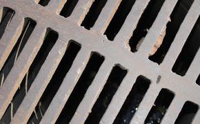 В Ульяновске провалился канализационный коллектор
