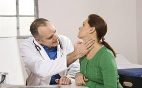Четыре необычных сигнала организма человека о появлении рака кожи назвали врачи