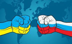 Война санкций не выгодна Украине, поэтому она должна первой протянуть руку мира России