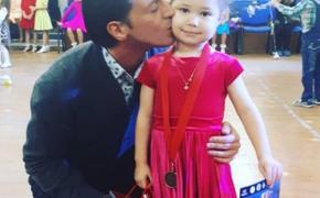 Актеры Екатерина Климова и Гела Месхи воссоединились ради дочери
