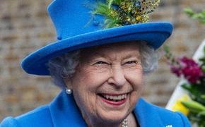 Британская королева Елизавета II  ищет специалиста, кто сможет раскрутить ее в соцсетях