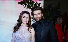 Родные Анастасии Заворотнюк рассказали о поддержке актрисы людьми в разных странах мира