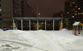 В Татарстане переругались из-за отказа отца ребенка почистить снег на веранде в детском саду