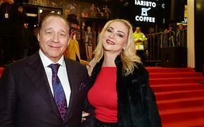 Марина Рождественская, с которой разводится Максим Дунаевский, наняла сильного  адвоката
