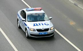 В Москве сотрудники ДПС приняли роды в патрульной машине