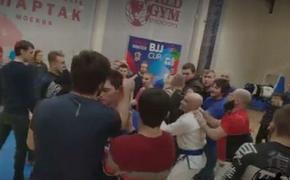 Массовая драка произошла на турнире по джиу-джитсу в Подмосковье