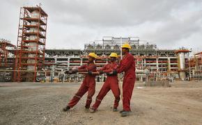 Нефтеперерабатывающие заводы Индии близки к первым ежегодным сделкам по покупке российской нефти