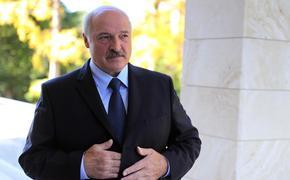 Лукашенко: Россия намекает на присоединение Минска