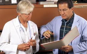 Три проявляющихся на лице необычных признака рака назвали зарубежные онкологи