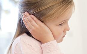 Ушко болит: 5 ошибок в лечении отита у ребенка