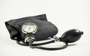 Кардиолог назвал простой способ снизить давление за 15 минут