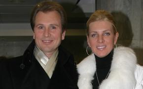 Александр Малинин сделал супруге комплимент: