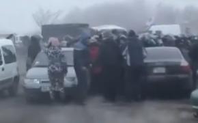 На Украине начались столкновения с полицией из-за прибывших из Уханя