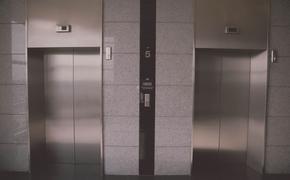 Под Саратовом погиб мужчина, которого затянуло в шахту лифта привязанным к нему тросом