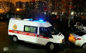 Легковой автомобиль врезался на МКАД в две машины, в результате ДТП погибли два человека