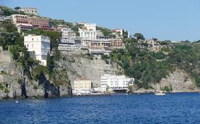 Туристы из России начали массово отказываться от туров в Италию