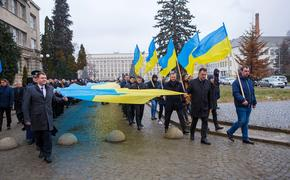Самоуничтожение Украины и ее распад с непредсказуемыми последствиями предрекли в ДНР