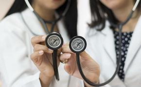 В Китае врачи назвали коронавирус комбинацией ОРВИ и СПИДа