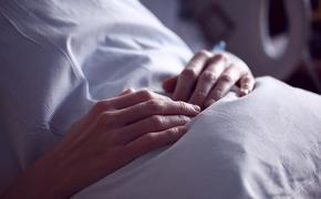 Врачи перечислили болезни, повышающие опасность коронавируса