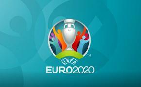 Вместо игры в футбол в Европе разыгрывают интриги