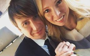 Татьяна Тотьмянина попыталась «пересидеть»  с дочками коронавирус за границей, но вернулась в Москву