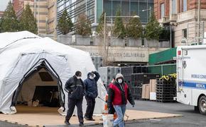В городе запасов медикаментов для борьбы с коронавирусом хватит только на неделю, сообщил мэр Нью-Йорка