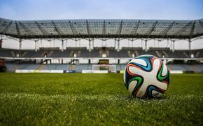 Футболисты «Спартака» добровольно, но временно отказались от части зарплаты