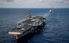 Пентагон отказался заводить в порт охваченный эпидемией COVID-19 авианосец