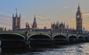 Премьер Великобритании Борис Джонсон передал свои полномочия
