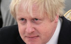 Британский премьер Борис Джонсон из-за коронавируса остается в больнице под наблюдением медиков