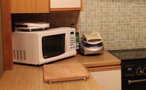 Жительница Москвы получила серьезные ожоги при попытке приготовить яйца в микроволновке