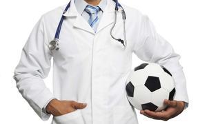 «Зарплаты футболистов с врачами сравнивать не стоит», но гонорары спортсменов пересмотреть все же надо, считают в Госдуме