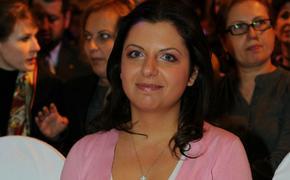 Симоньян предрекла гражданскую войну из-за бесконтрольности соцсетей