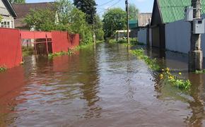 В сеть попали фото, как «поплыли» после дождя жители Опалихи и Нахабино в Подмосковье