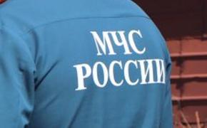 Спасатели достали из воды вертолет Ми-2, который совершил жесткую посадку в Ростовской области